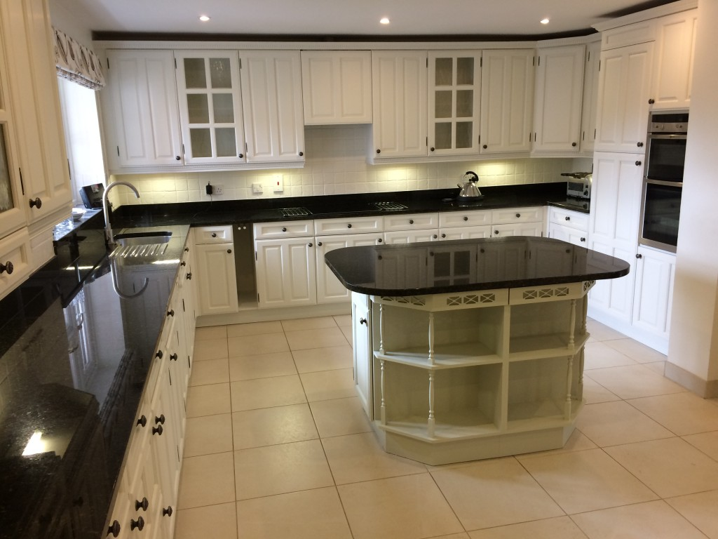 Oak kitchen after painting | hand painted kitchens uk