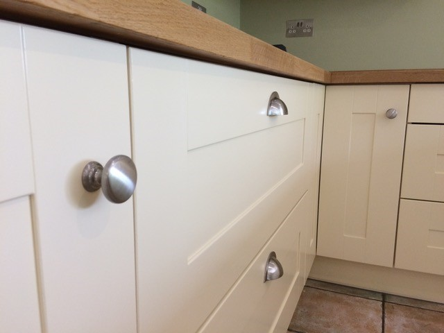 Kitchen cabinet painter Felbridge East Grinstead Sussex